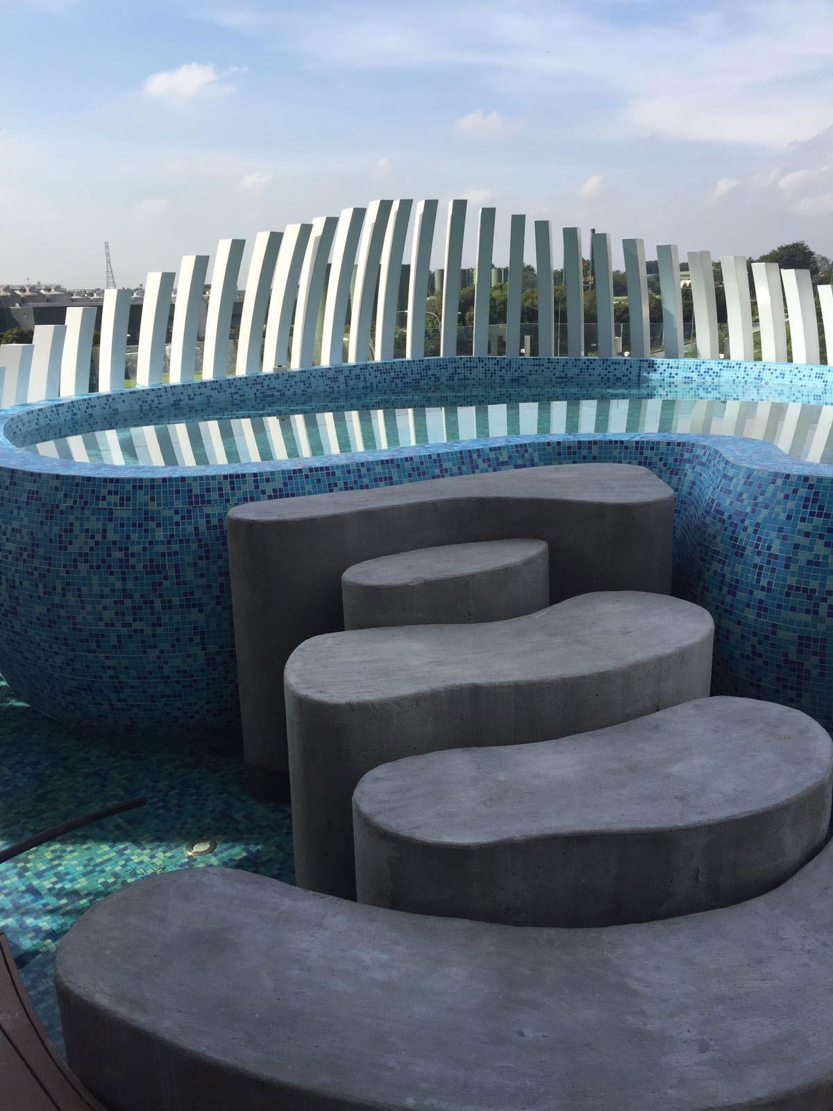 Swimming Pool Pathway